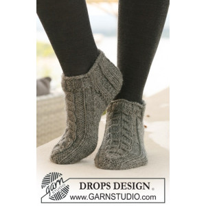 Leaf Ankle Socks by DROPS Design - Sokker Strikkeoppskrift str. 35 - 43