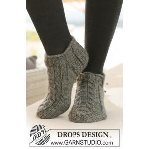 Leaf Ankle Socks by DROPS Design - Sokker Strikkeopskrift str. 35/37 - 41/43