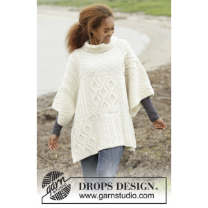 Comfort Chronicles by DROPS Design - Poncho Strikkeoppskrift One-size