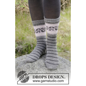 Telemark Socks by DROPS Design - Sokker Strikkeoppskrift str. 35 - 43