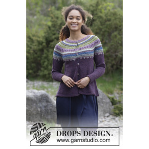 Blueberry Fizz Jacket by DROPS Design - Jakke Strikkeoppskrift str. S - XXXL