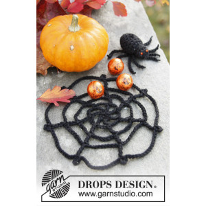 Webster by DROPS Design - Halloween Pynt Hekleoppskrift Edderkopp