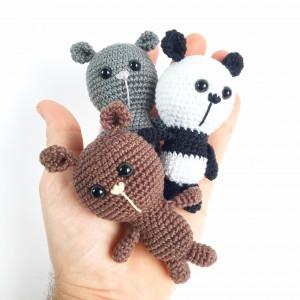 Tiny Bears av Unkeldesign - Dansk Bamse Hekleoppskrift 10cm - 3 stk