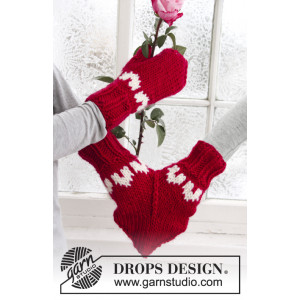 Love Glove by DROPS Design - Muffedisse Strikkeoppskrift str. S - M/L
