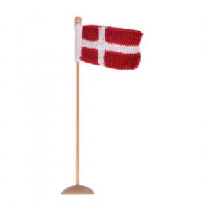 Strikket Dannebrogsflagg av Rito Krea - Flagg Strikkeoppskrift 8x12cm
