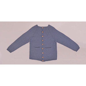 Strikket Basic Cardigan av Rito Krea - Cardigan Strikkeoppskrift str. 2 - 7 år