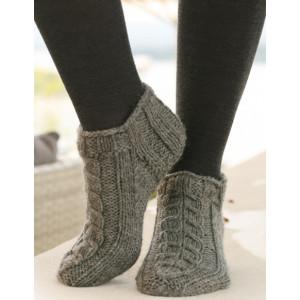 Leaf Ankle Socks by DROPS Design - Sokker Strikkeoppskrift str. 35 - 43