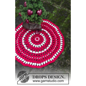 Christmas Circle by DROPS Design - Gulvteppe Hekleoppskrift Ø82 cm
