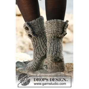Moon Socks by DROPS Design - Tøfler Strikkeoppskrift str. 35 - 42