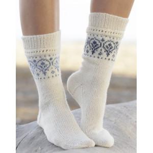 Nordic Summer Socks by DROPS Design - Sokker Strikkeoppskrift str. 35 - 43
