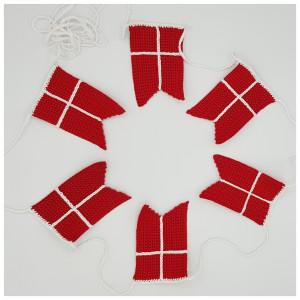 Flaggrekke av Rito Krea - Hekleoppskrift Flaggrekke