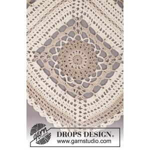 Midsummer Joy by DROPS Design - Poncho Hekleoppskrift One Size