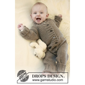 Happy Days by DROPS Design - Baby Drakt Strikkeoppskrift str. 1 mdr - 4 år