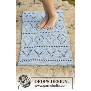 Boardwalk by DROPS Design - Gulvteppe Hekleoppskrift 61x100 - 73x123 cm