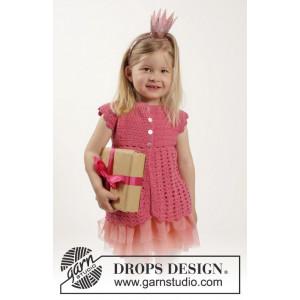 Lovely Rose by DROPS Design - Barnejakke Hekleopskrift str. 12/18 mdr - 9/10 år