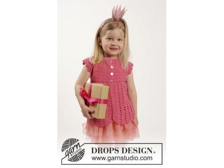 5a81264a Lovely Rose by DROPS Design - Barnejakke Hekleopskrift str. 12/18 mdr - 9