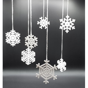 Perle Snøfnugg av Rito Krea - Perlemønster 6x6-9x9cm - 7 stk