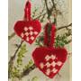 Heart Basket by DROPS Design - Julekurv Hekleoppskrift 10 cm - 2 stk