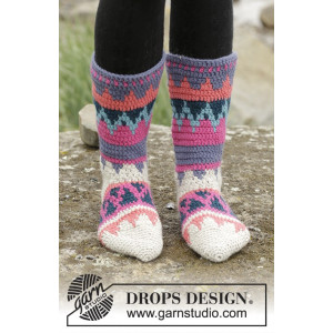Colorful Winter by DROPS Design - Sokker Hekleopskrift str. 35/37 - 41/43