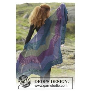 Aurora Borealis by DROPS Design - Sjal Strikkeoppskrift 148x74 cm