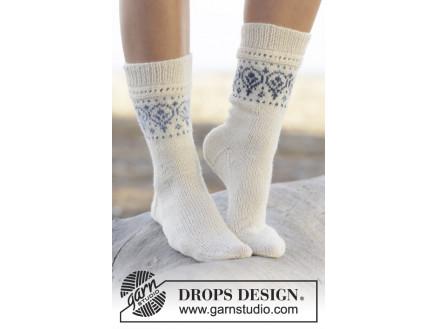 a9f6e1f7829 Nordic Summer Socks by DROPS Design - Sokker Strikkeopskrift str. 35/37 - 41