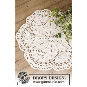 Sparkle & Shine by DROPS Design - Duk og Julestresteppe Hekleoppskrift 52 cm og 92 cm