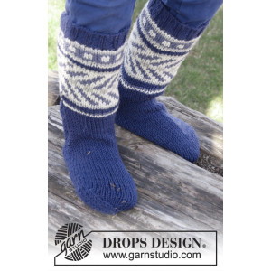 Little Adventure Socks by DROPS Design - Sokker Strikkeopskrift str. 22/23 - 35/37