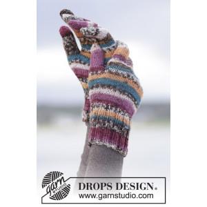 Autumn Stripes by DROPS Design - Votter Strikkeoppskrift str. S - XL